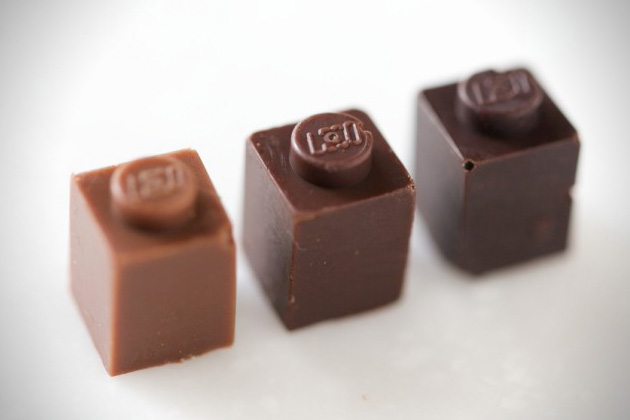 Edible-Chocolate-LEGO-Bricks-8