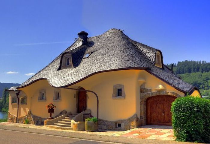 Ice-cream-House-in-Germany-Zell