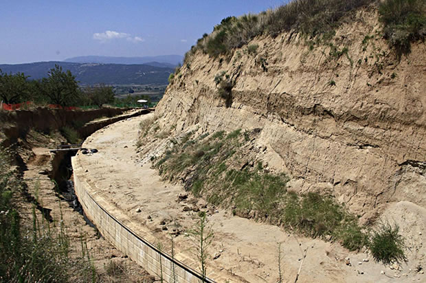 partial-view-of-excavation-site-in-Amphipolis-Greece