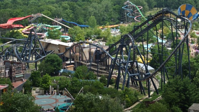 The First Ever Batman The Ride Roller Coaster To Open In 2015