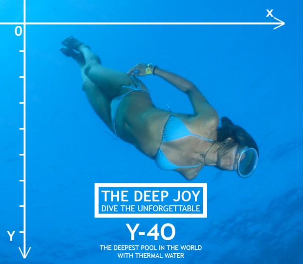 Y40 The Deep Joy_swimming pool_2