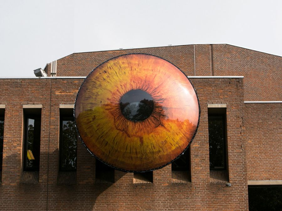EYE_Installation