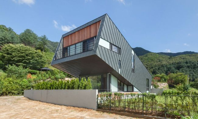Leaning House_PRAUD_South_Korea_9