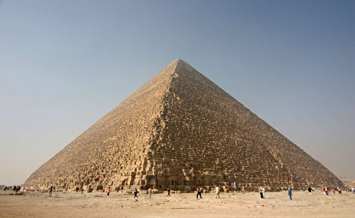 Shiny_Great_Pyramid_1