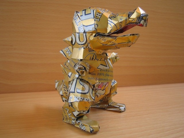 Beverage-Can-Sculptures_10