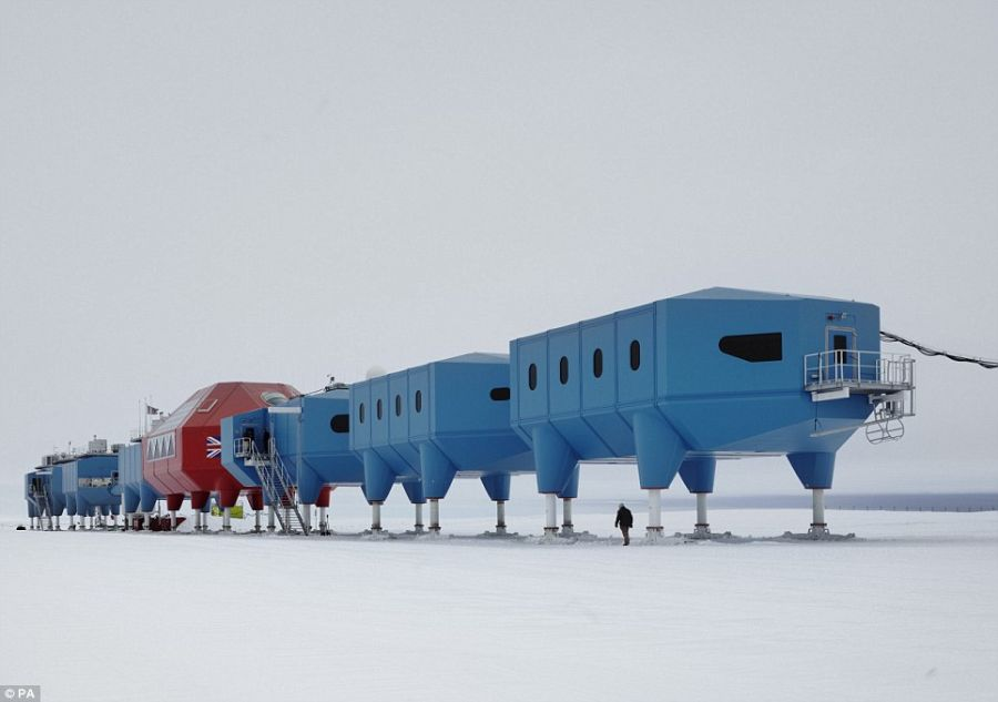 British Antarctic Survey's Halley VI_1