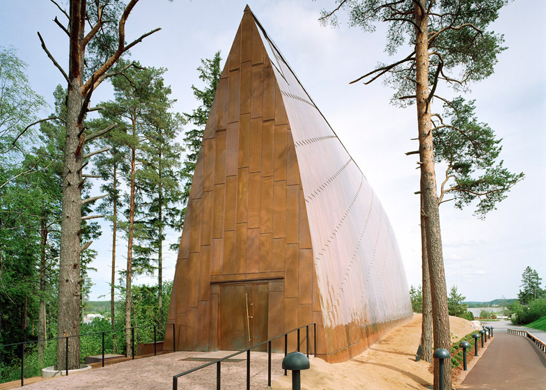 Ecumenical-Art-Chapel-Sanaksenaho-Architects