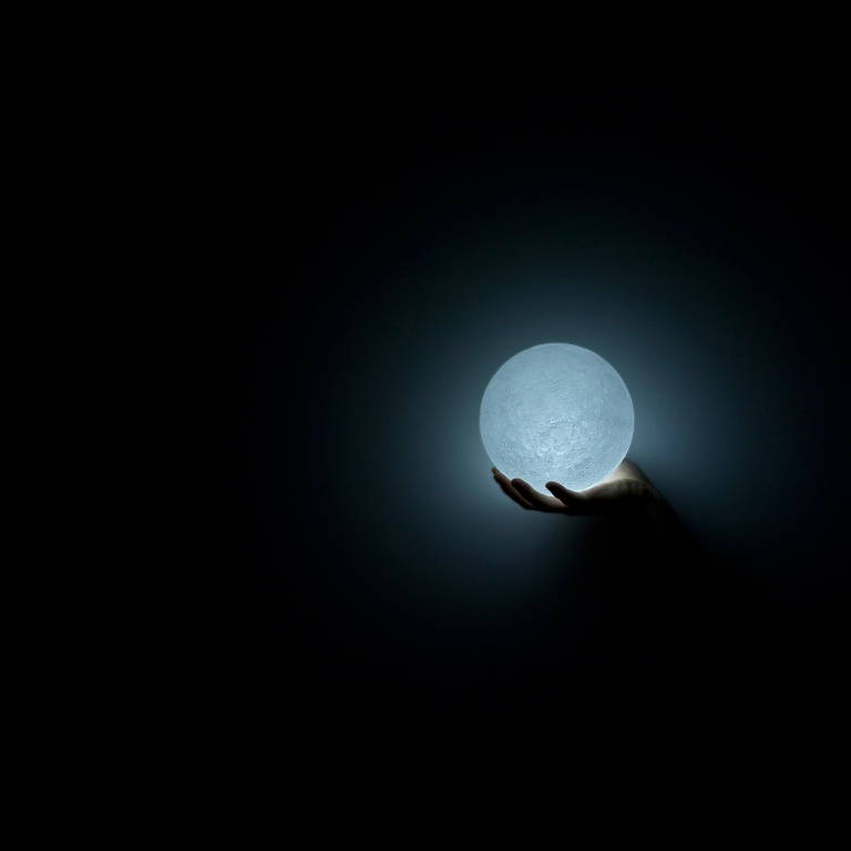 The Moon Lamp by Nosigner_2