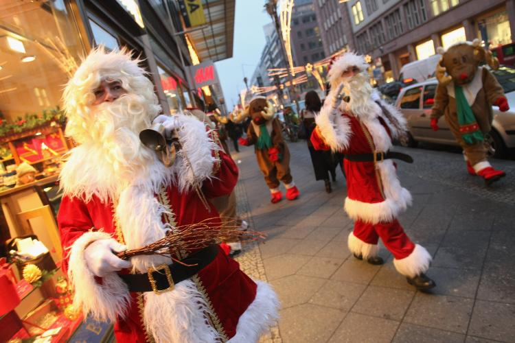 Amazing_Facts_About_Santa Claus_9