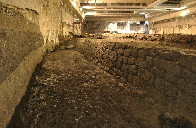 Archaeologists_Largest_Roman_Water_Basin_3