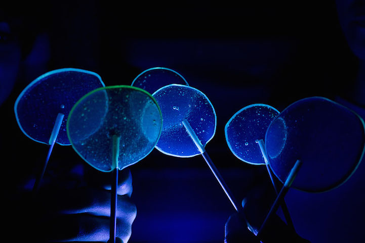 Fluorescent lollipops_2