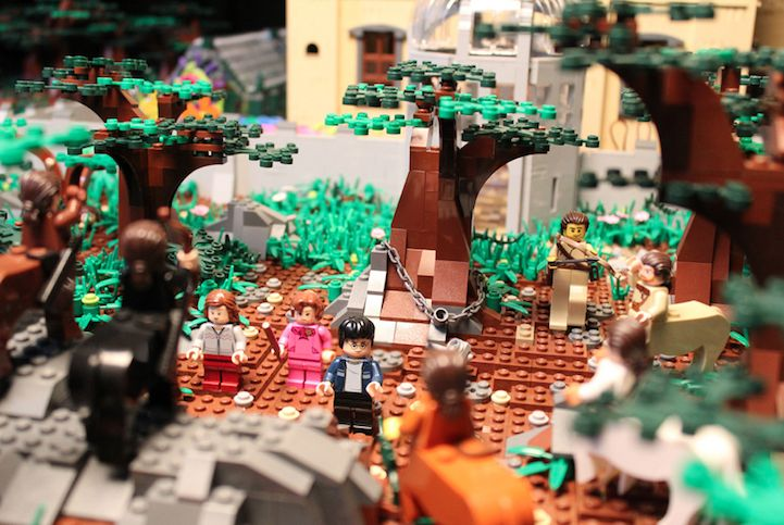 Hogwarts_400000_LEGO_Bricks_Alice_Finch_8
