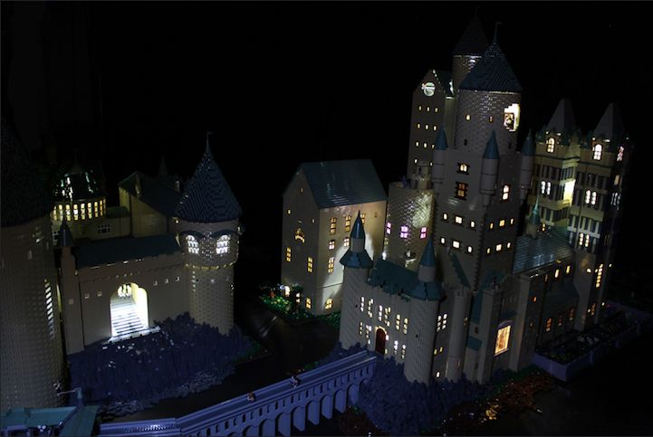 Hogwarts_400000_LEGO_Bricks_Alice_Finch_9