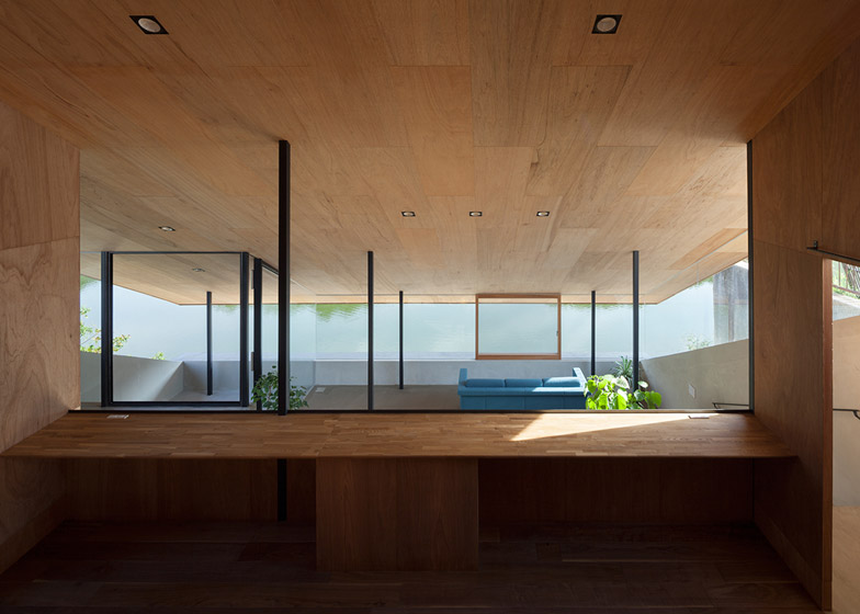 House in Hibaru_Japan_Suppose Design Office_4
