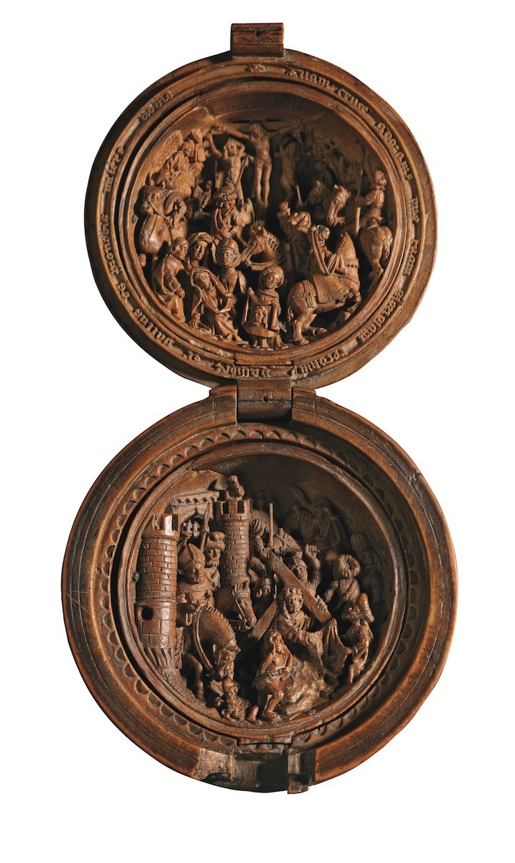 16th Century Prayer Nut-10