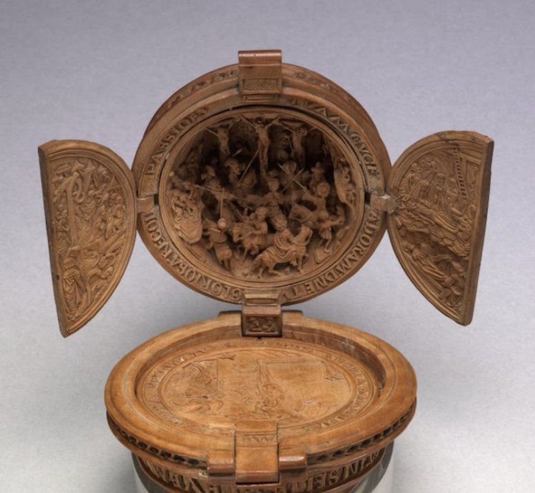 16th Century Prayer Nut-7