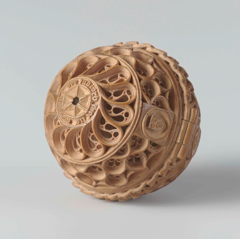 16th Century Prayer Nut-9