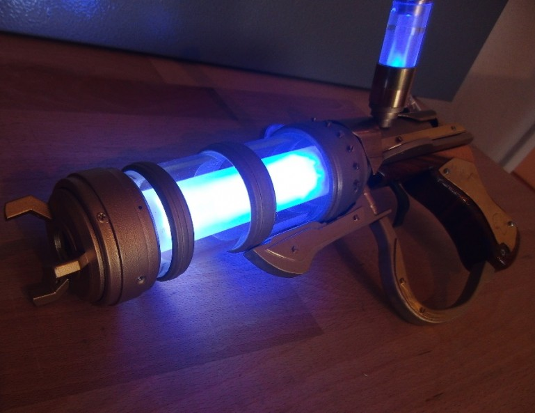 DIY_Jinx_Zapper_Pistol_ League of Legends_Patrick_Priebe_2
