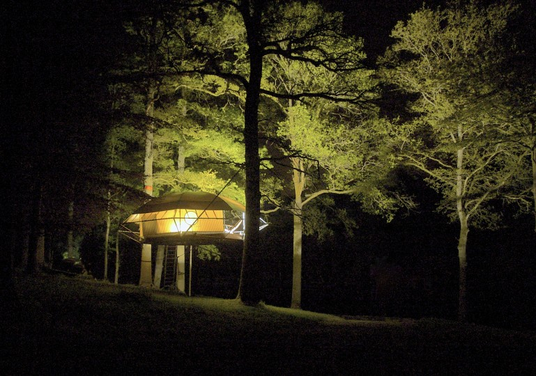 DomeUp _the_treehouse_cabin_shelter_3