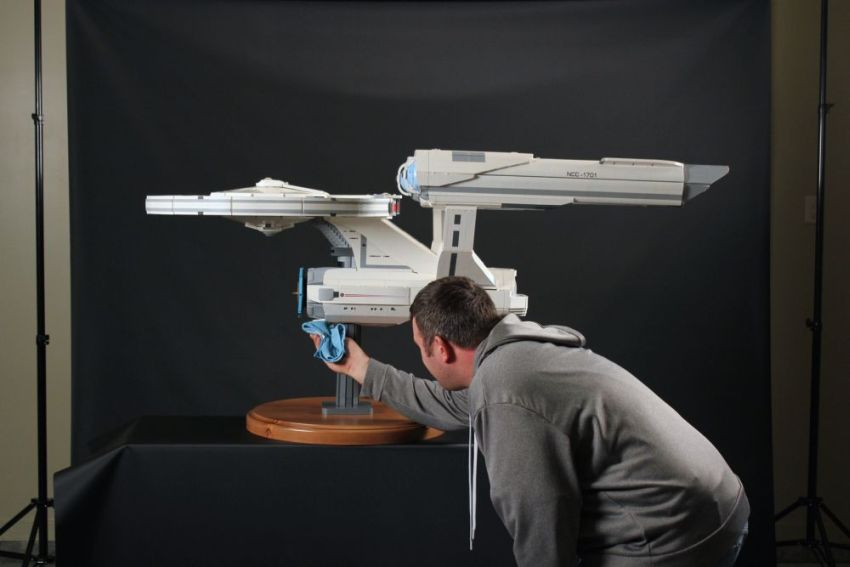 Starship Enterprise_LEGO_Chris_Melby_3