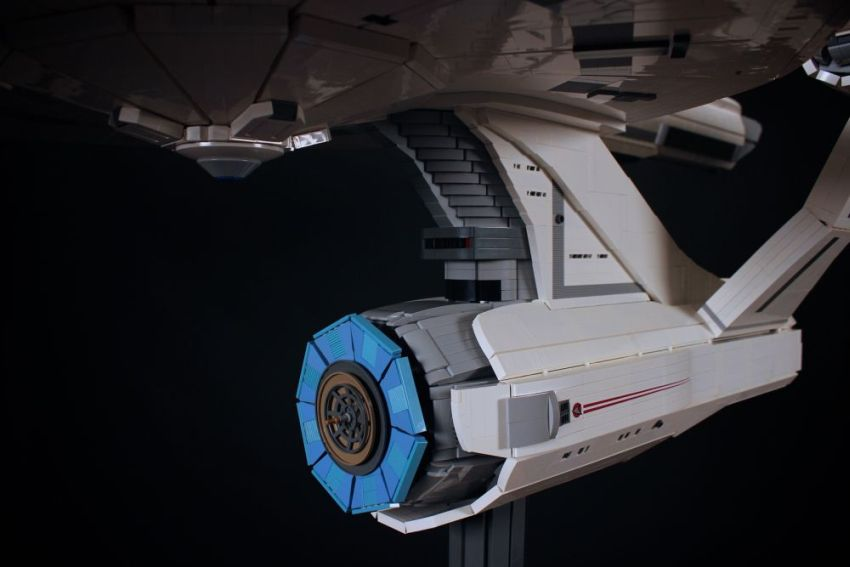 Starship Enterprise_LEGO_Chris_Melby_7