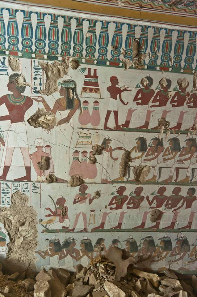 Ancient_Egyptian_Tomb_Vibrant Murals_2