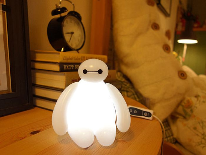 Baymax_LED_Lamp_1