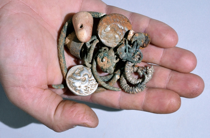 Coins_Alexander the Great_Israeli Cave_3