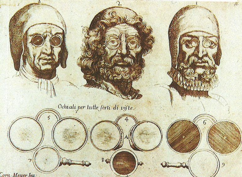 Eyeglasses_History_Inventions