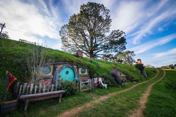 Real-life_Version_Hobbiton_Matamata_10