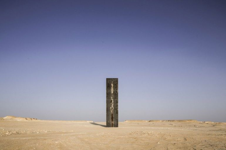 East-West_West-East_Steel_Sculptures_Qatar_Richard_Serra_5