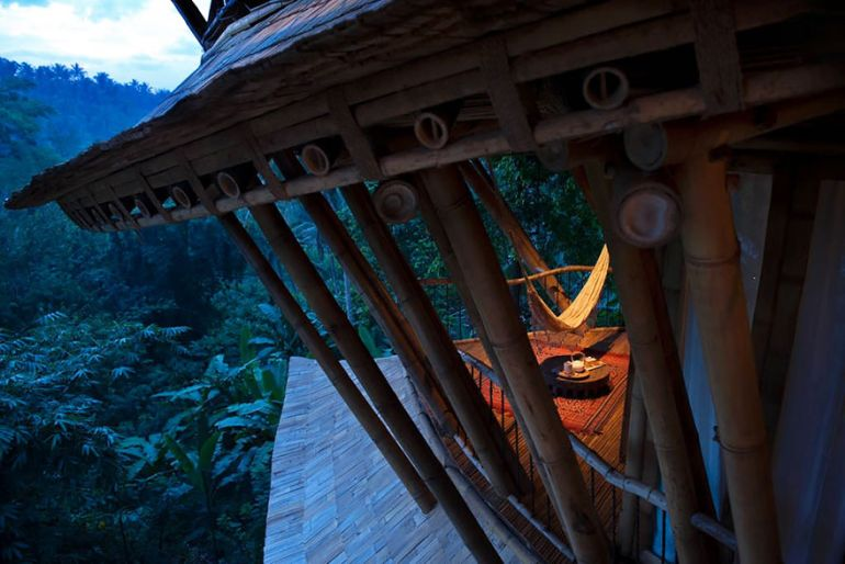 Ibuku-founder Elora Hardy builds sustainable bamboo houses in Bali-12