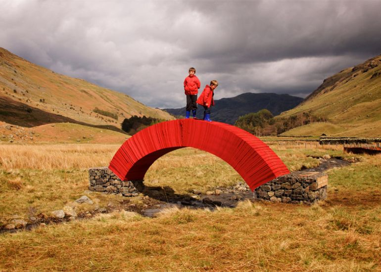PaperBridge-by-Steve-Messam-2