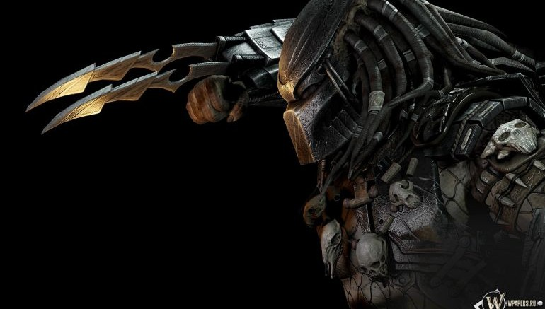 Man At Arms Reforged Designs Fully Retractable Replica Of Predator