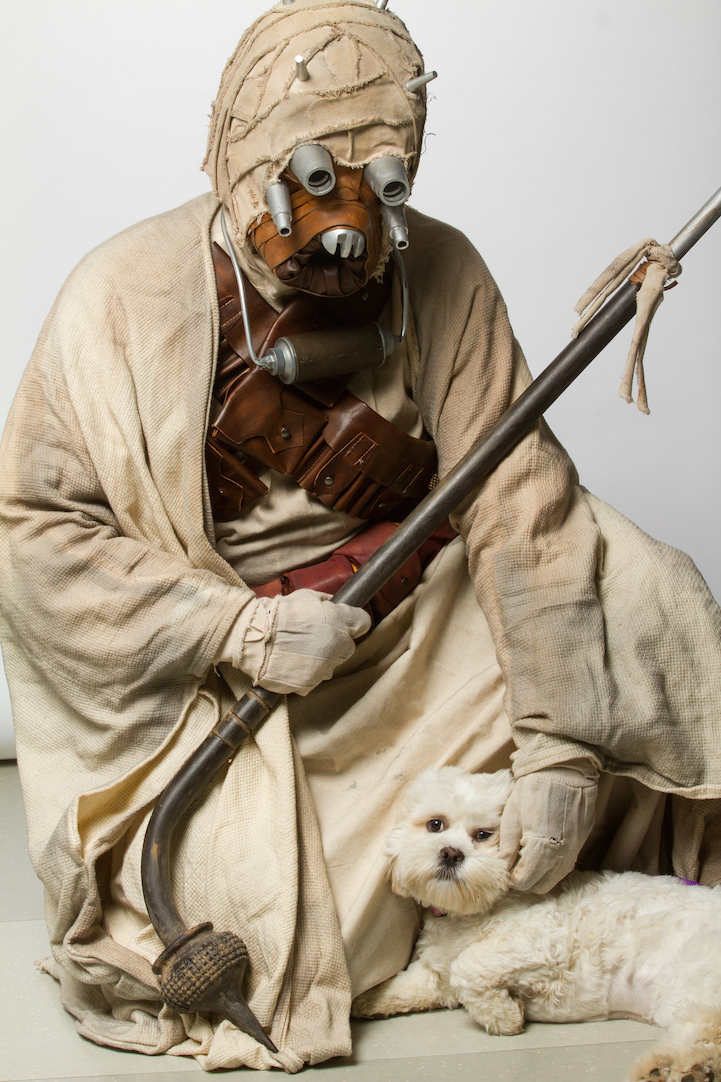 Star_Wars_Cosplayers_Promote_Animal_Adoption_10