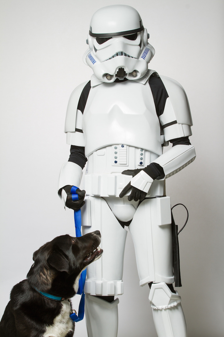 Star_Wars_Cosplayers_Promote_Animal_Adoption_3