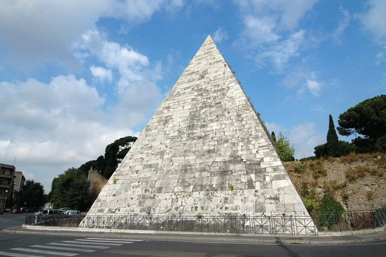 Ancient_Pyramid_Of_Cestius_Rome_2