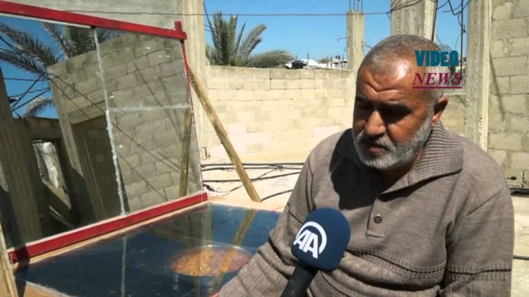 Gaza resident builds solar-powered oven using recycled materials-1
