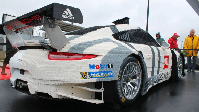 porsche 911 rsr half created with 380 000 lego bricks. Black Bedroom Furniture Sets. Home Design Ideas