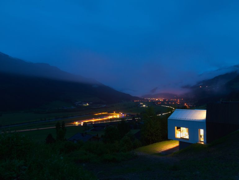 SoNo Architects' Mountain View House -6