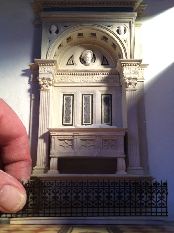 Scale_Model_Gothic_Italian_cathedral_7