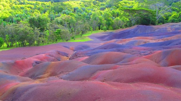 Seven_Colored_Earths_Mauritius_Amazing_Places_To_Visit_Fantasy_2