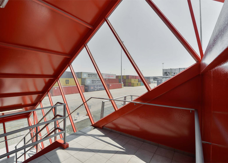 Shipping-Container-Terminal_Israel_Potash-Architects_7