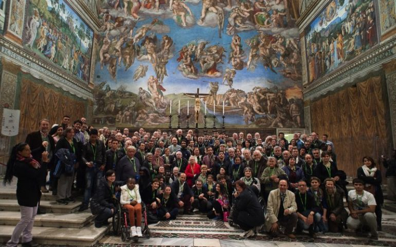Surprising_Facts_Sistine Chapel_Visitors