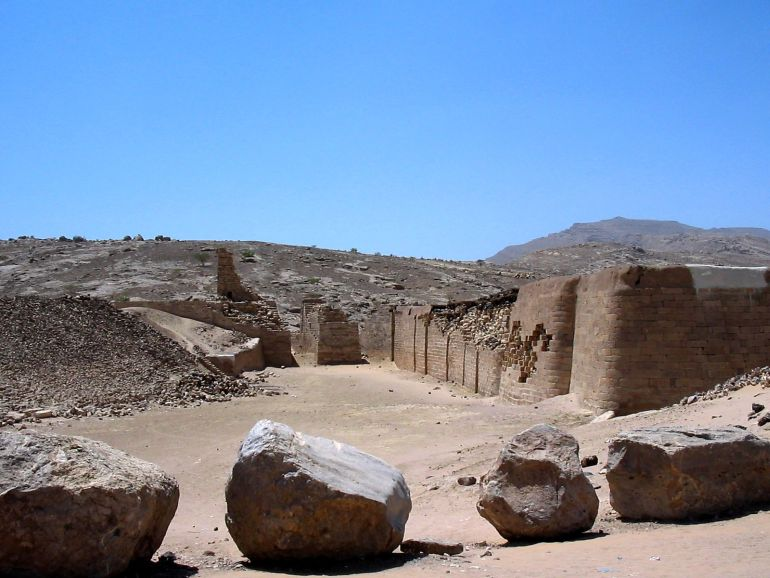 advanced_ancient_man-made_structures_Great_Dam_Marib_1