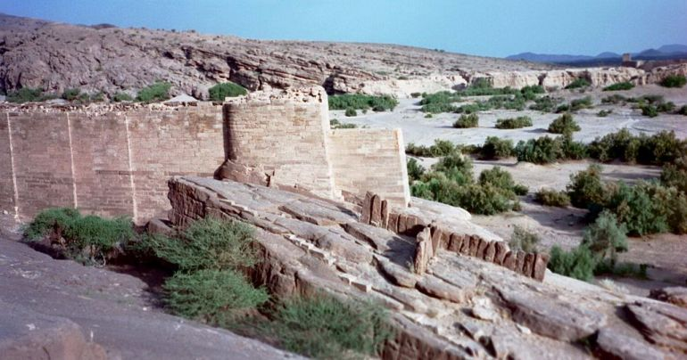 advanced_ancient_man-made_structures_Great_Dam_Marib_2