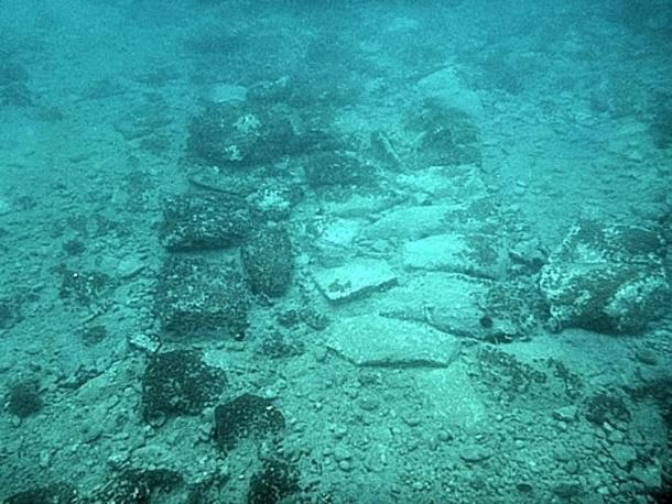 Massive_Ancient_Greek_City_Underwater_Aegean_Sea_4