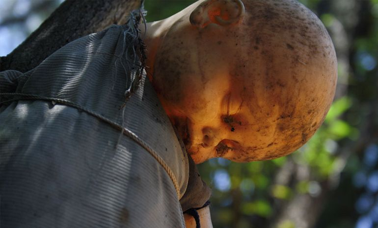 Mexico's Island Of The Dolls Is Home To 1500 Mutilated Dolls-1