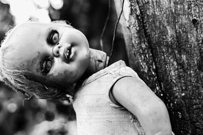 Mexico's Island Of The Dolls Is Home To 1500 Mutilated Dolls-11