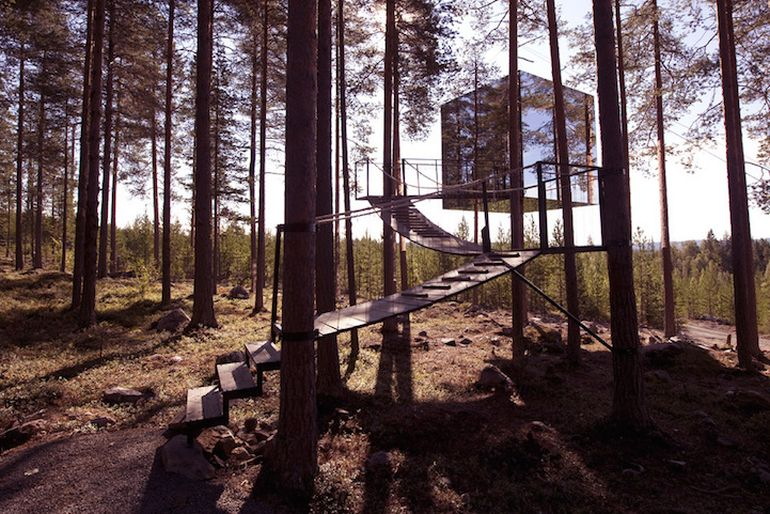 Swedish Hotel Features Bird's Nest And UFO-Shaped Cabins-12
